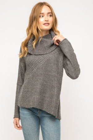 Turtle neck unbalanced bottom sweater