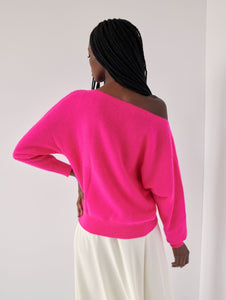 Off shoulder crew neck