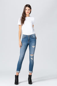 Y3491 - mid rise rolled up distressed crop skinny