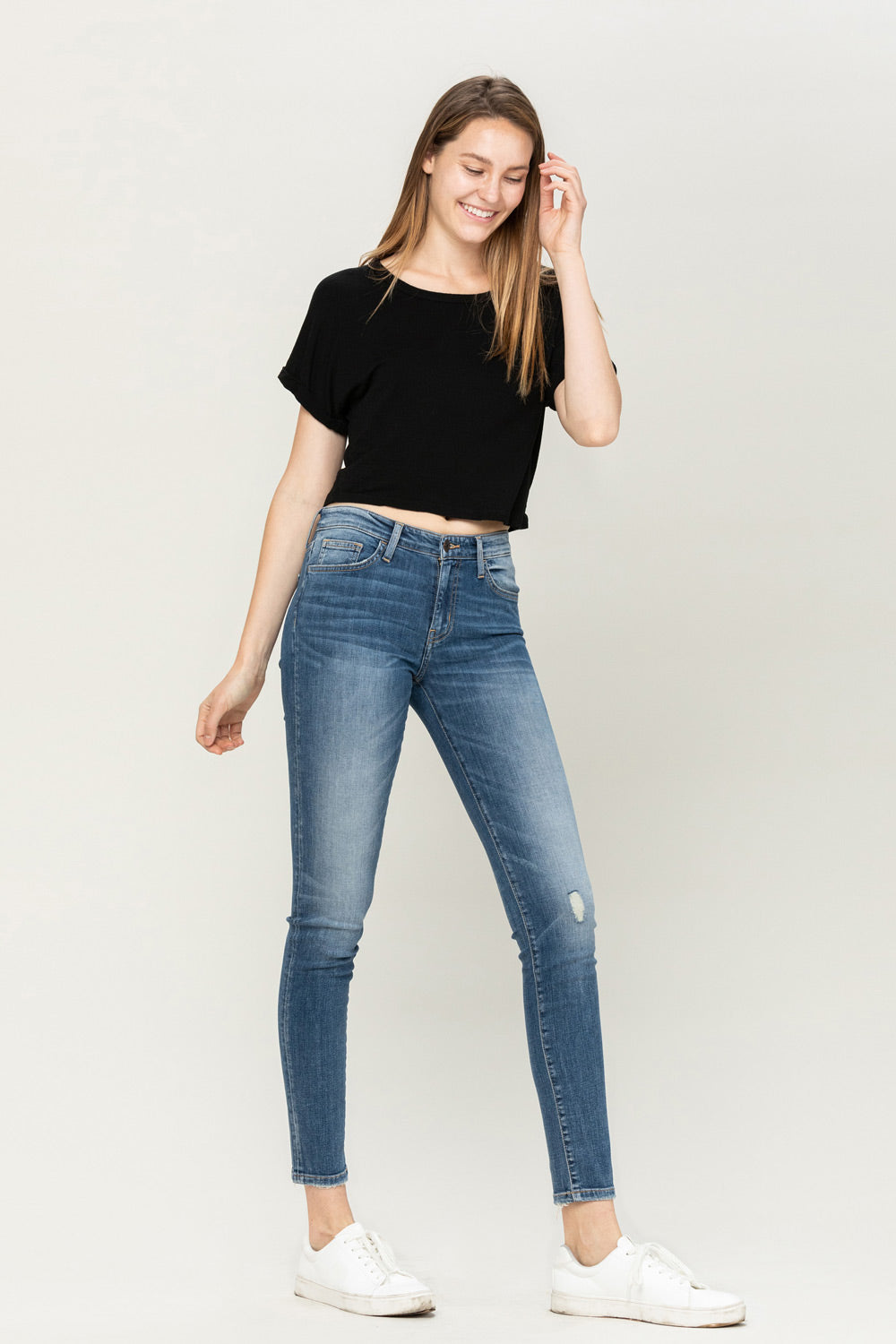 Y3517 - mid rise distressed ankle skinny