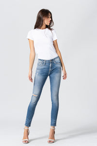 Y3570 - mid rise distressed ankle skinny