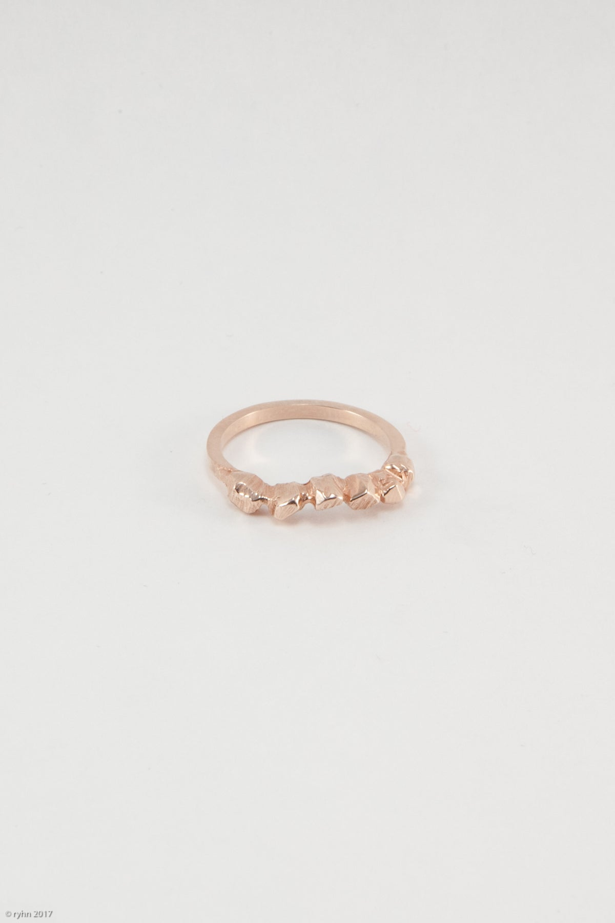 Tolts Curve Ring