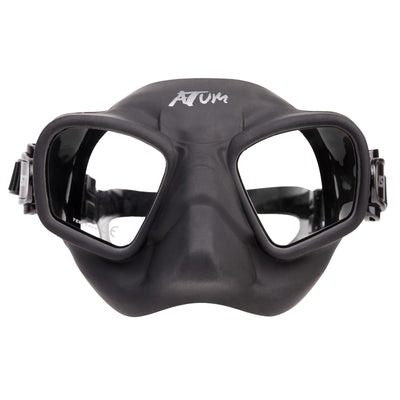 a black frameless silicone freediving mask