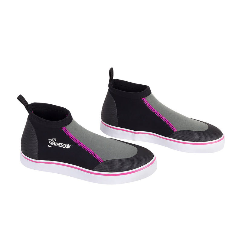 short slip on scuba diving shoes with pink stitching