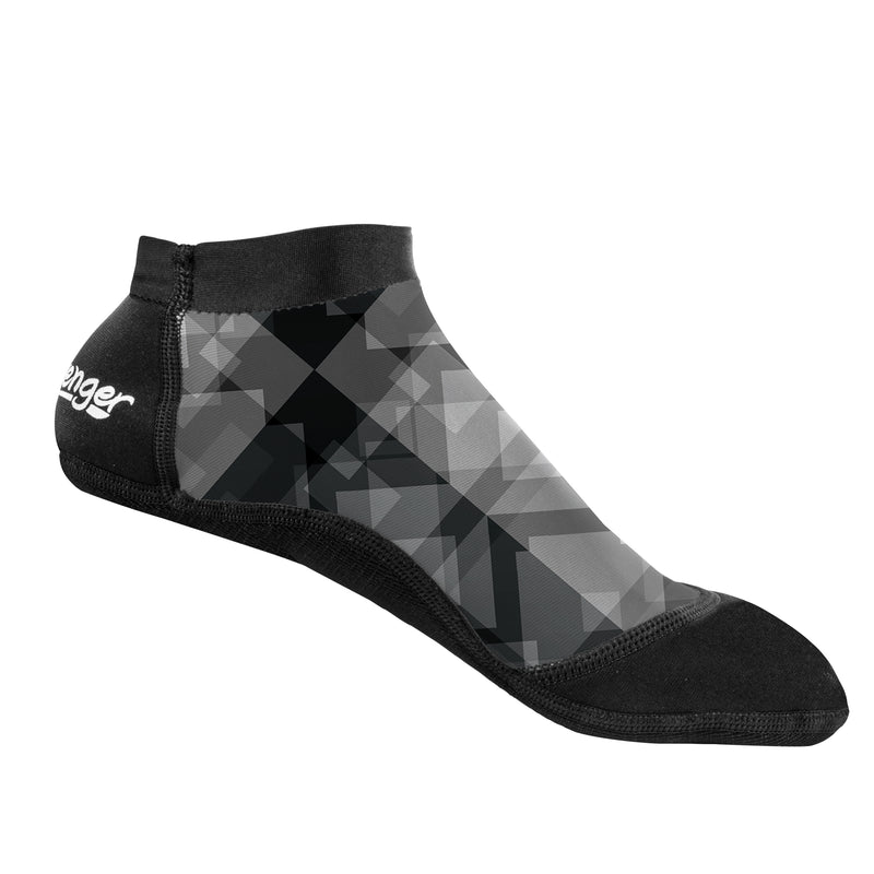 short beach socks with a geometric pattern