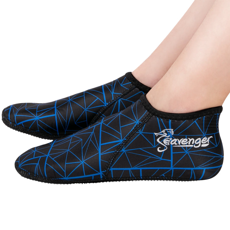 3mm black neoprene socks with a blue geometric pattern