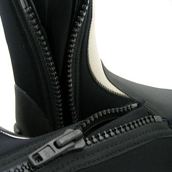 5mm Titanium / Spandex Lined Diving Boots with Vulcanized Rubber Sole