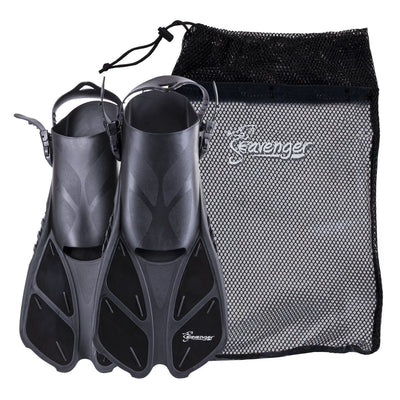 Short black snorkeling fins with an adjustable heel strap and a quick-dry mesh gear bag
