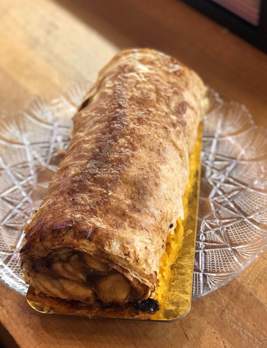 Apple Strudel Log