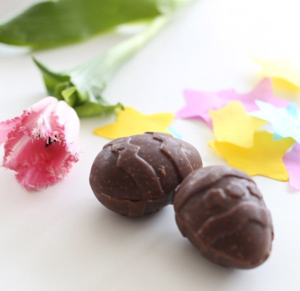 Raw chocolate Easter eggs by the wonderful Clare Keylock