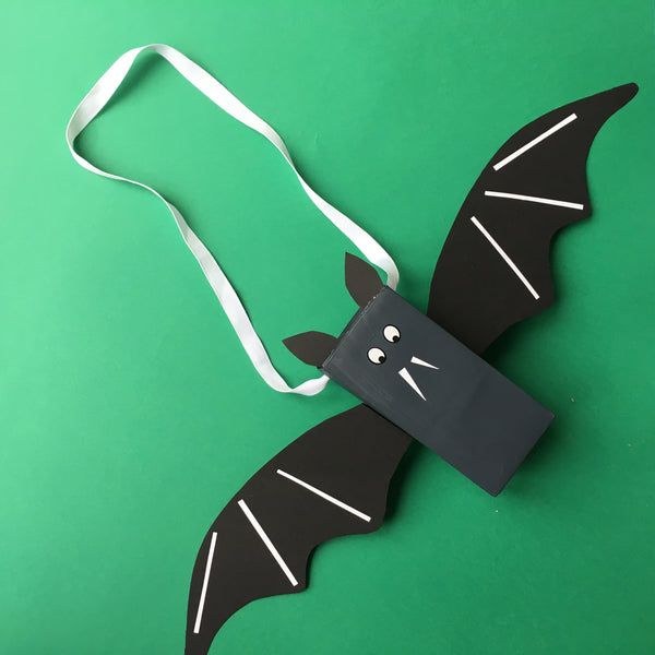 Make Your Own Bat Bag in time for Halloween!