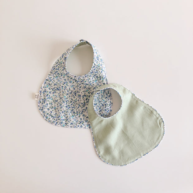 Reversible Girls Linen Bib | Ditsy Mint