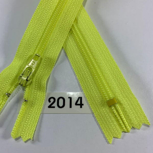 YKK zip #3 RegPull 22in 2014 IN STOCK