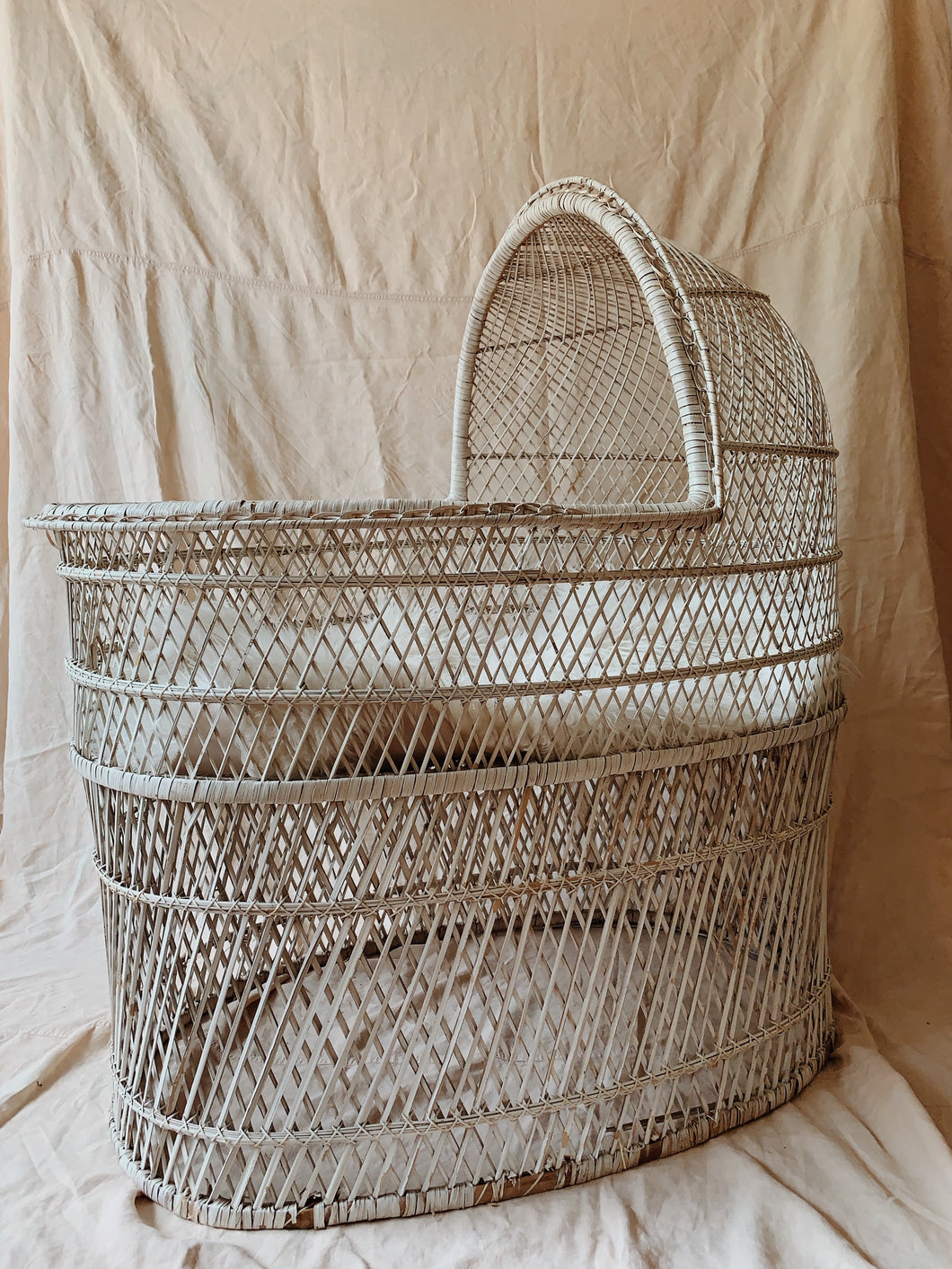 Wicker Play Bassinet