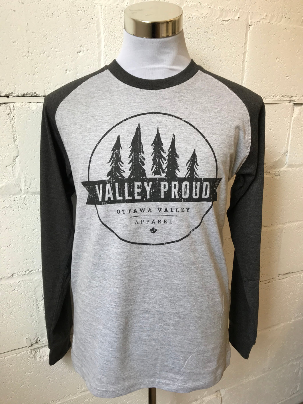 Classic Valley Proud Men's Long Sleeve - Light Grey & Charcoal
