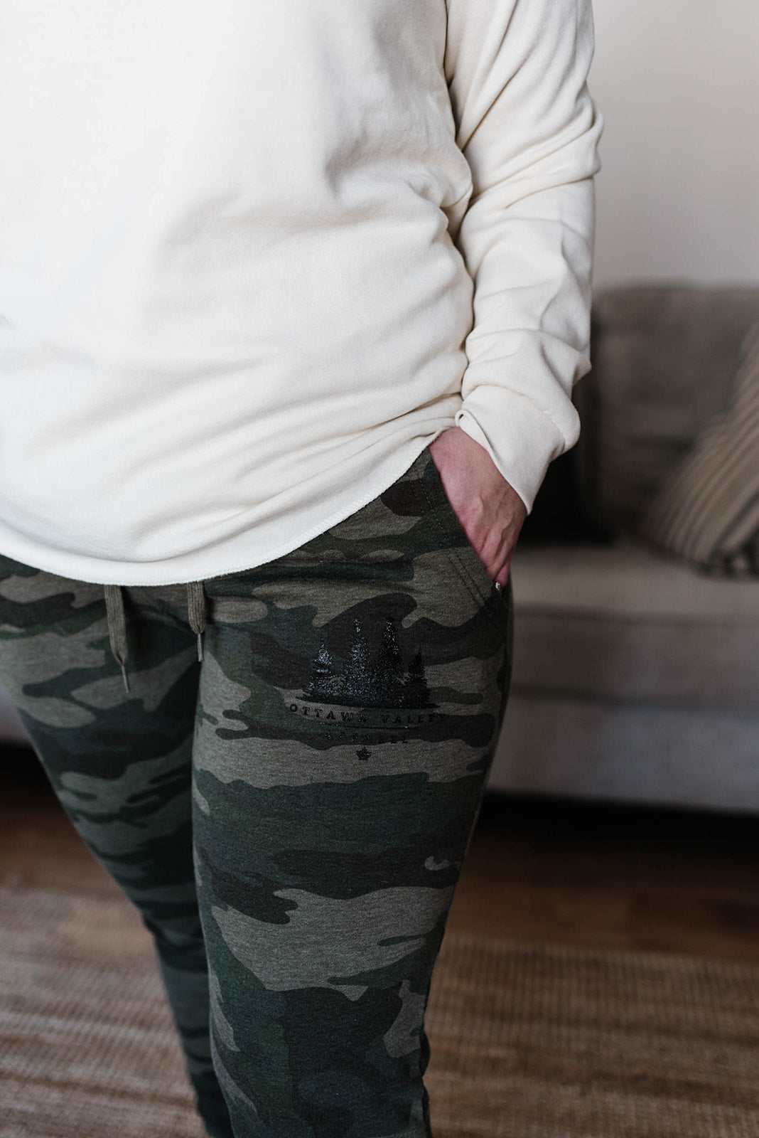 OVA Women's Luxe Sweatpants - Olive Camo