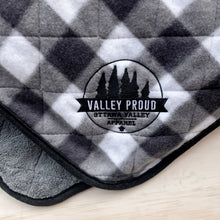 Buffalo Plaid Cabin Blanket - Grey & White