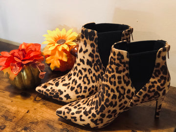 """On """"The Prowl"""" bootie"""