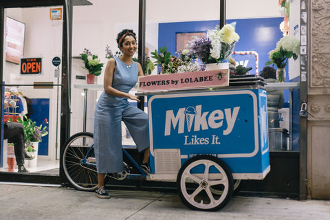 Unwrp-Mikey-likes-it-ice-cream-lolabee-flower-shop-2