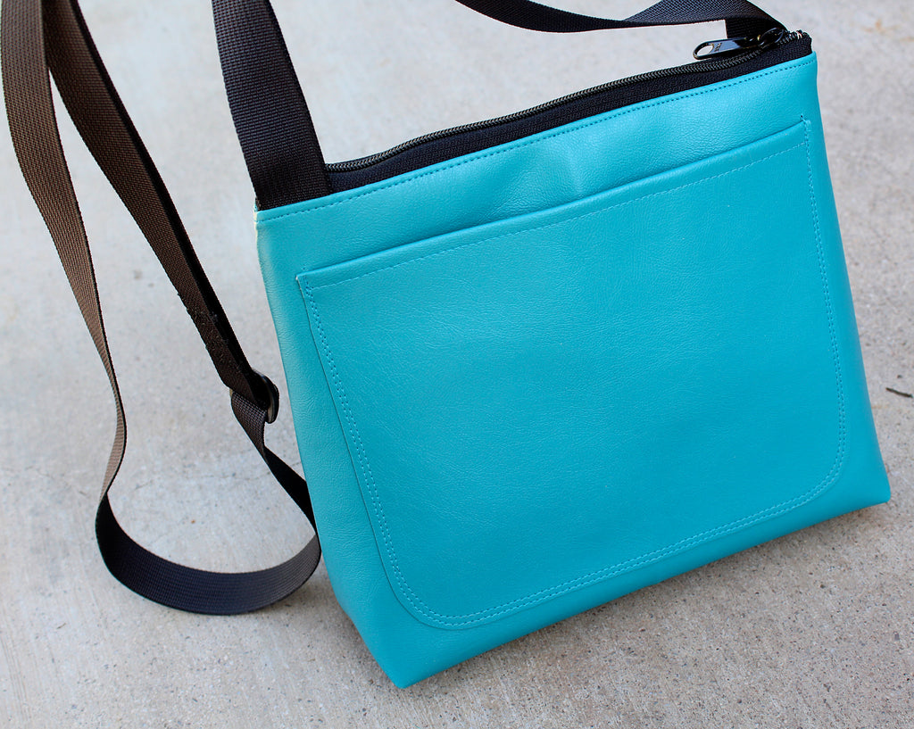 Tarantula on Bright Turquoise mid-size crossbody