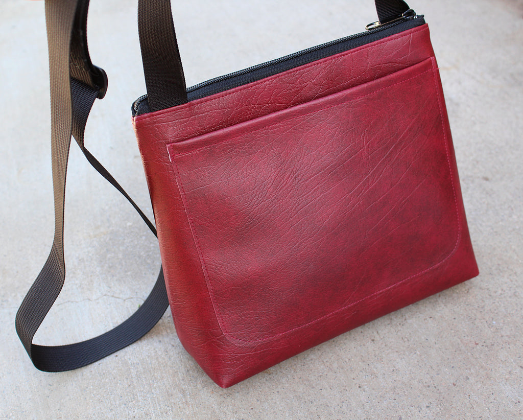 Squirrel on Dark Red mid-size crossbody