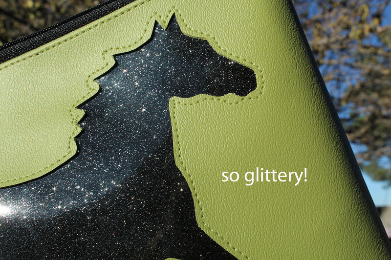 Sparkle horse on all green sm crossbody