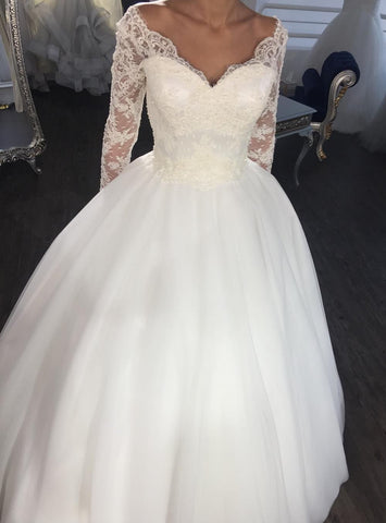Elegant  Ball Gown Lace Up Back Lace Long Sleeves Wedding Dress