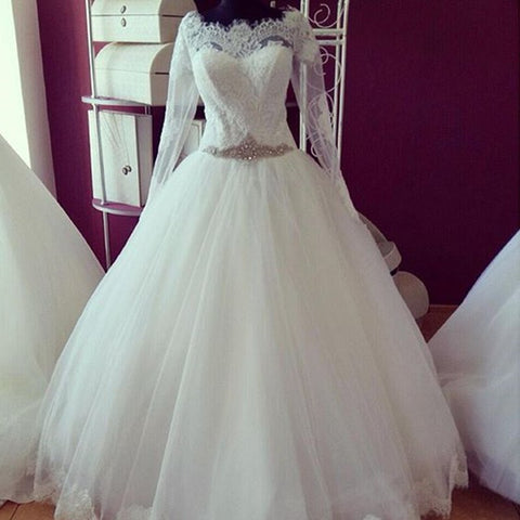 Ball Gowns Princess Sheer Scoop Beaded Waist Lace Long Sleeves Vintage Wedding Dresses