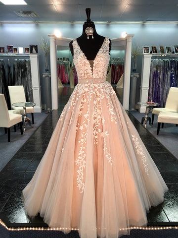 XP57 Gorgeous V-neck Long Champagne Lace Prom Dress with White Lace Appliques