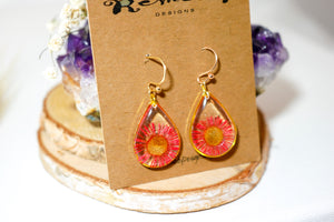 Red Daisy Teardrop Earrings