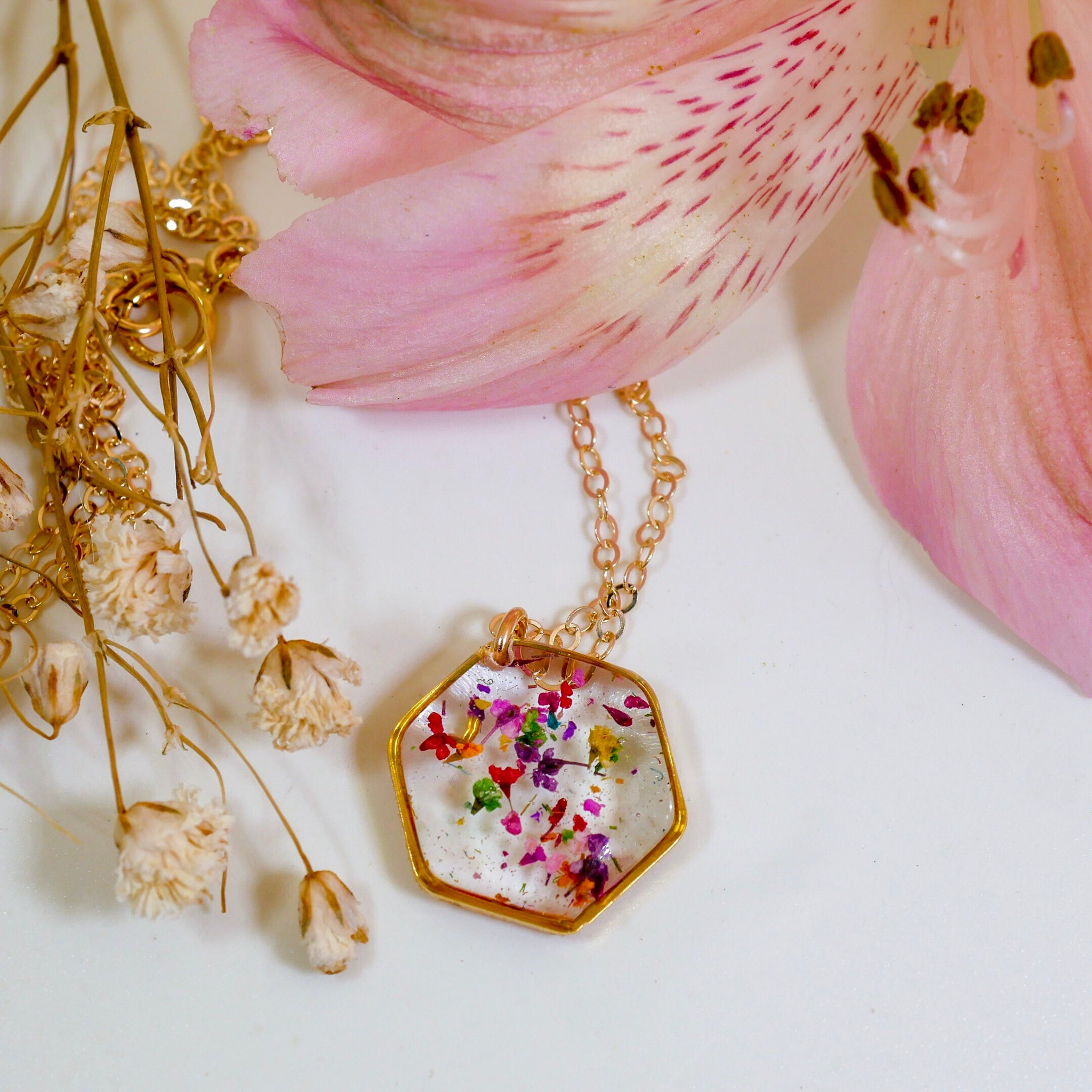 Flower confetti Hexagon necklace