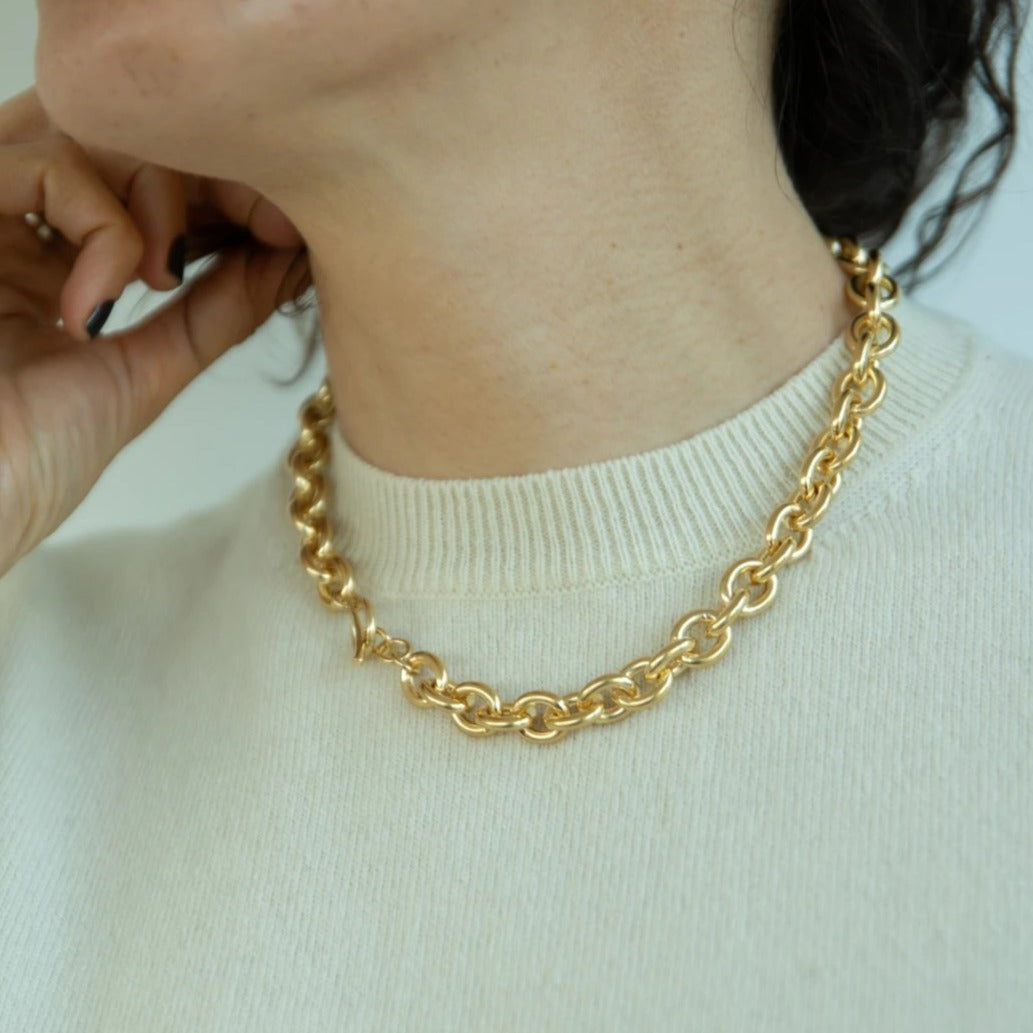 Chain Choker With Tusk Clasp