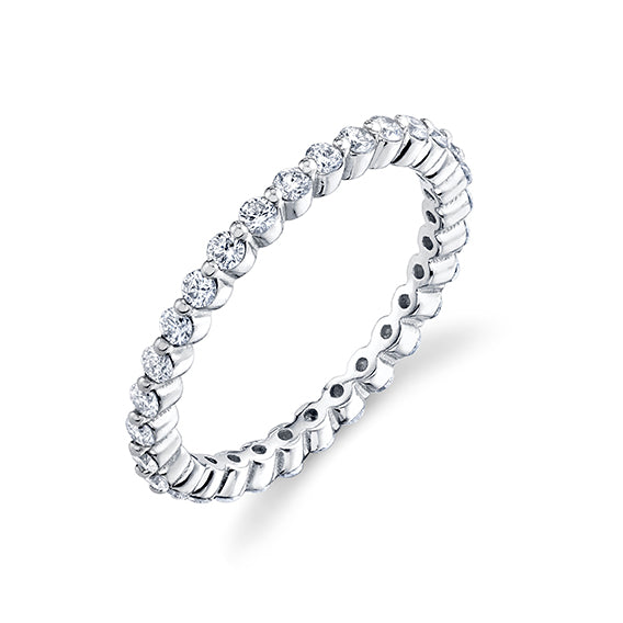 Prong Axis Ring with Pavé White Diamonds - Gabriela Artigas