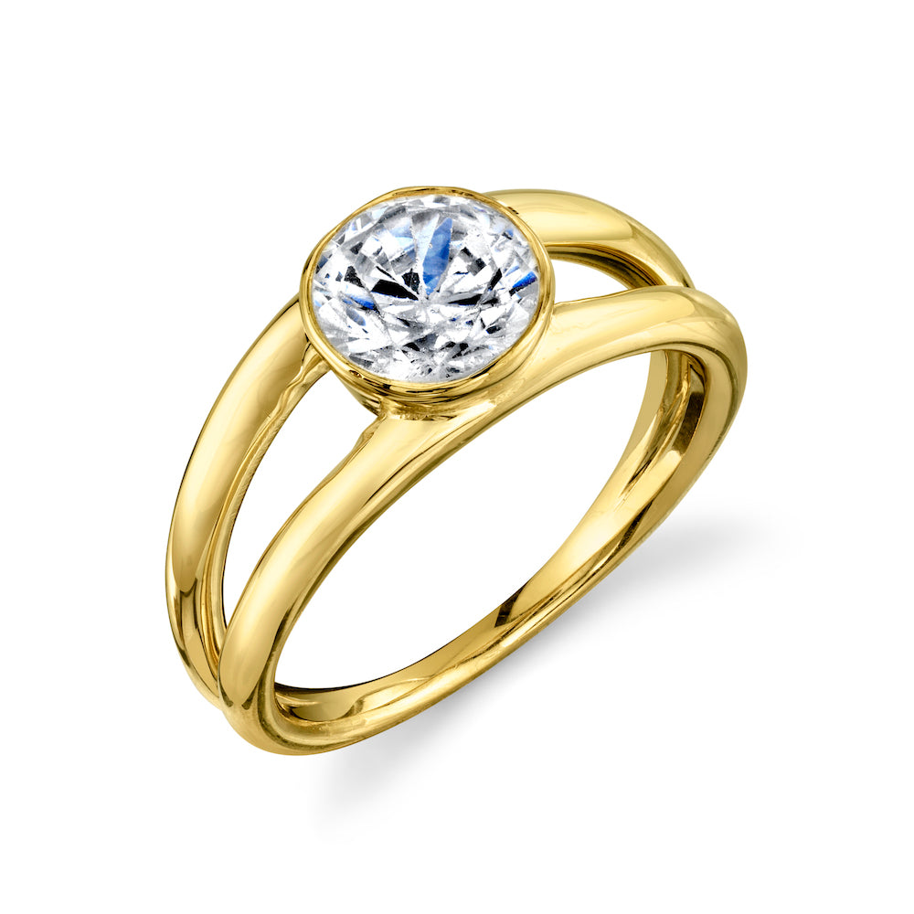 Eternal Ring with Round Diamond - Gabriela Artigas