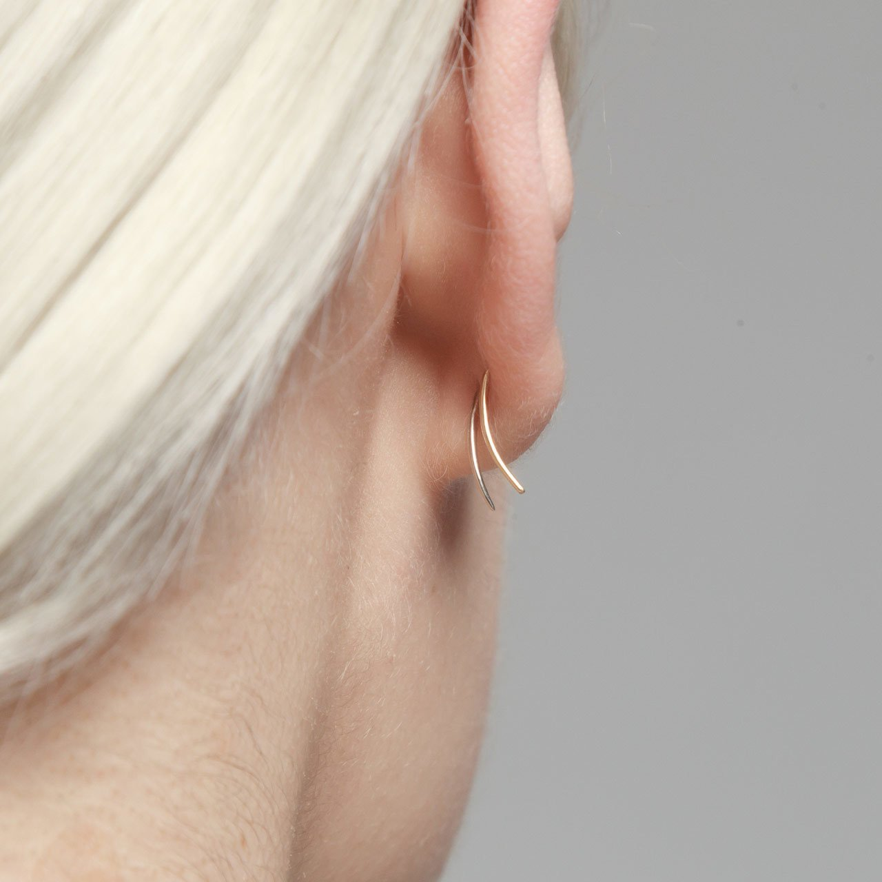 Infinite Tusk Earring With Stone in Rose Gold - Gabriela Artigas