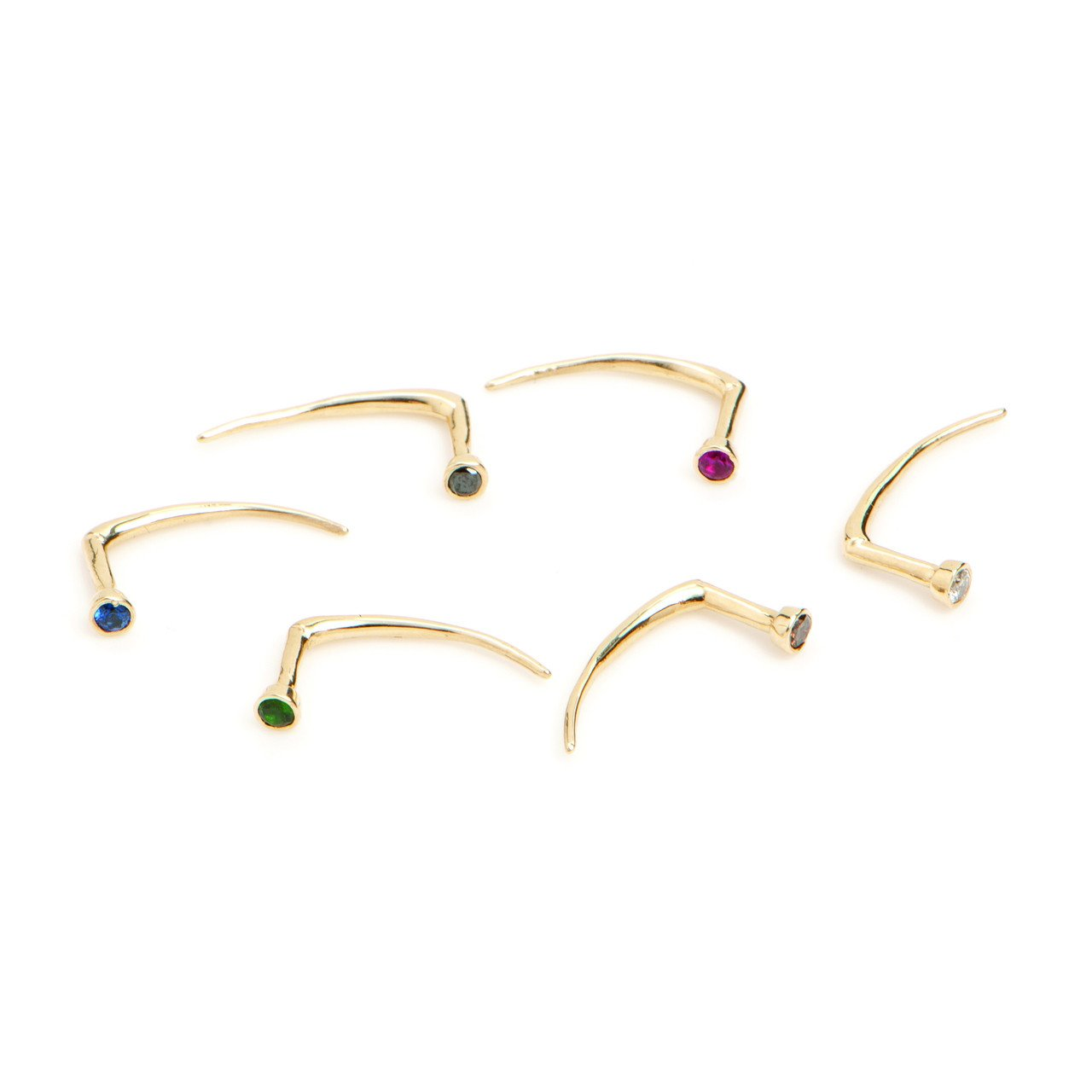 Infinite Tusk Earring With Stone in Yellow Gold - Gabriela Artigas