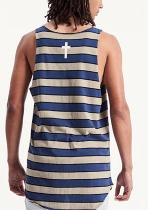 Over Curved Hem Raw Cut Singlet