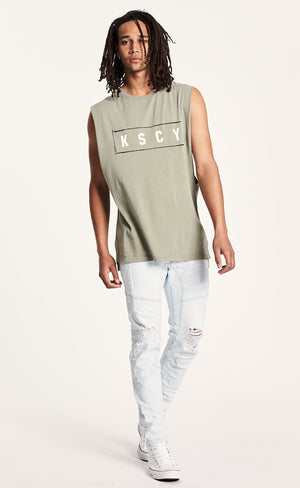 Left Step Hem Muscle Tee