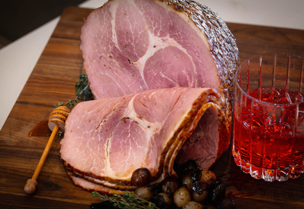 Photo ofHOLIDAY HAM RECIPE: HONEY-GLAZED SPIRAL HAM WITH BALSAMIC ONIONSby Tender Belly