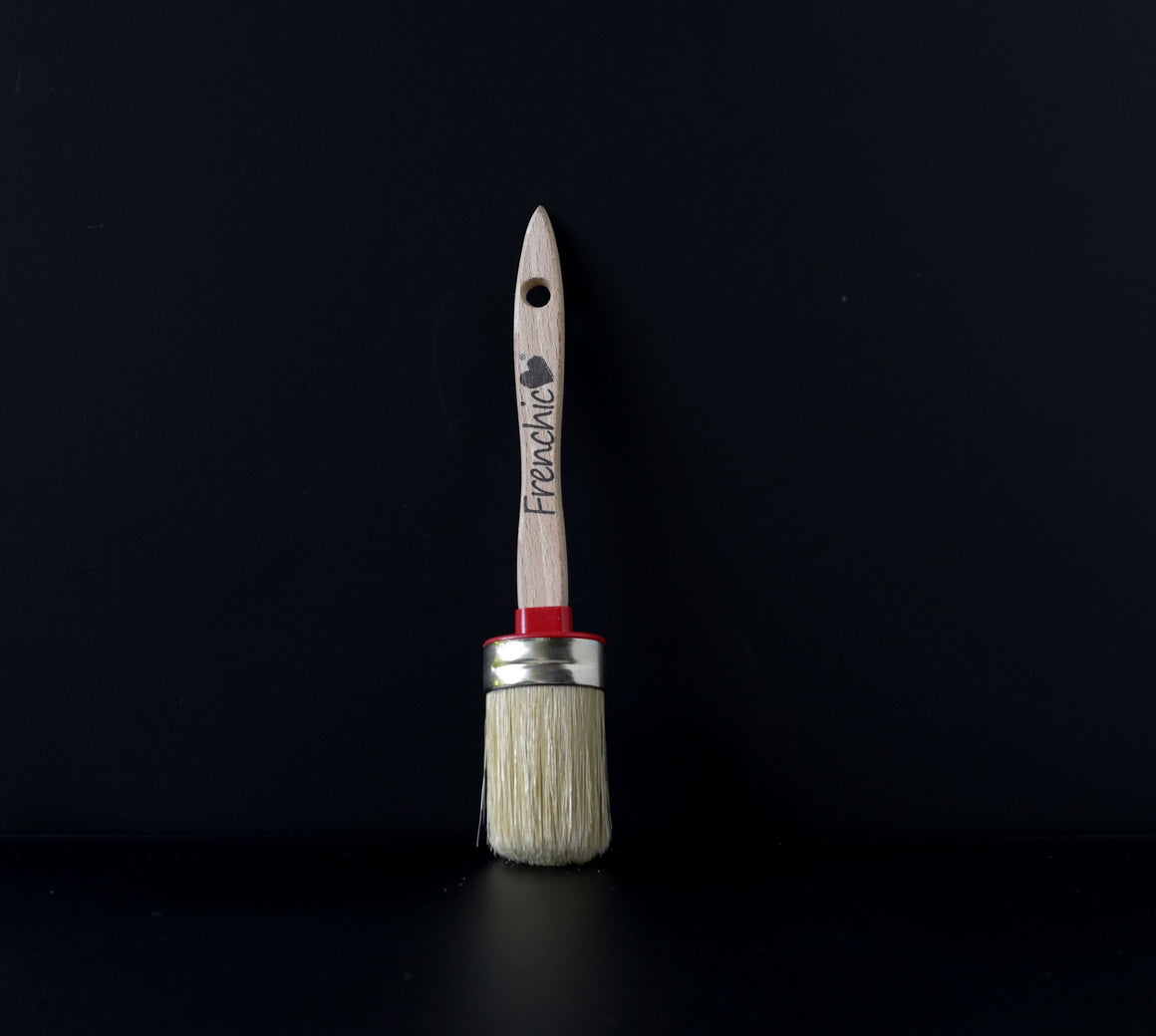 Paint Brush - Petite Oval - 27mm