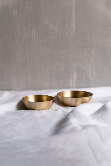 Heirloom Brass Bowls, Set of 2 - Fleck