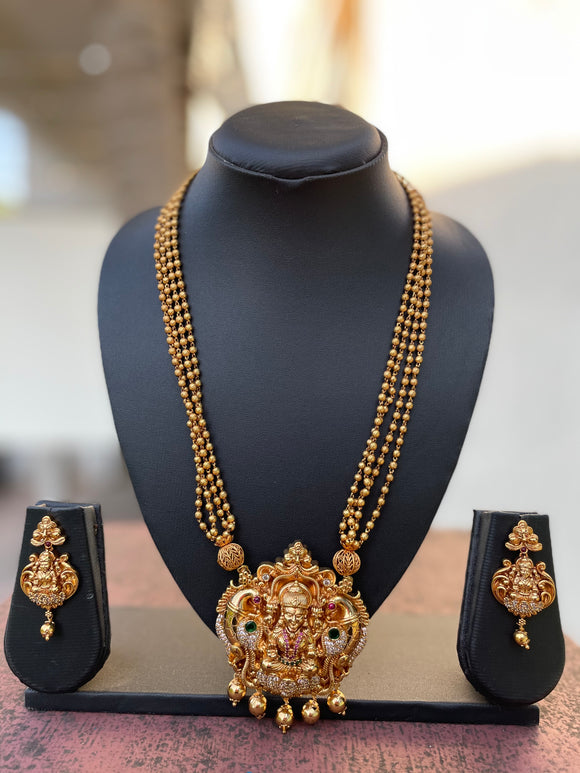 Real gold like Polish Real kemp Cz stones Lakshmi Chain Set