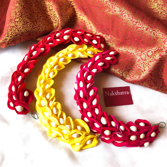 Bud loop hair accessory ( colors available)