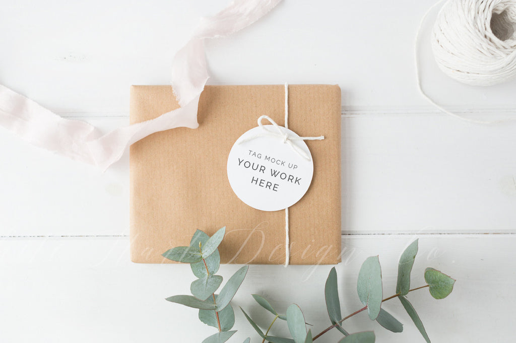 Gift tag mock up - Styled stock photography - Soft and feminine - High Res Jpeg file only