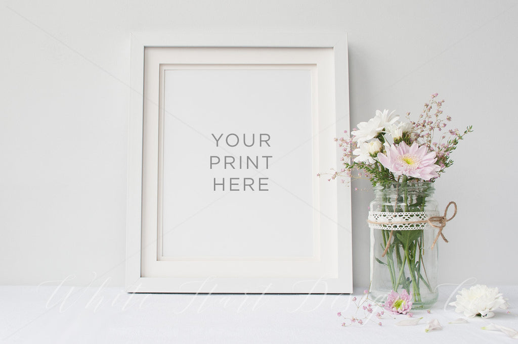 "8x10"" floral frame mock up - Smart object included"