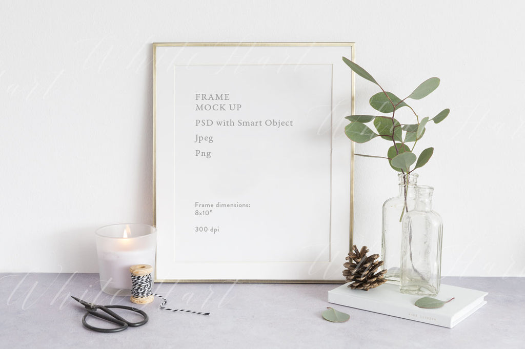 "Christmas Frame mockup - Gold 8x10"" - Natural style"