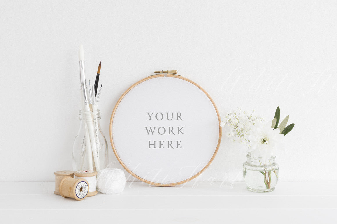 Embroidery hoop mockup cm psd file with smart