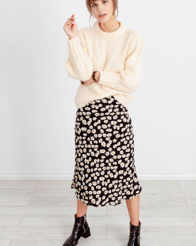 London Skirt (Black Daisies or Sakura)