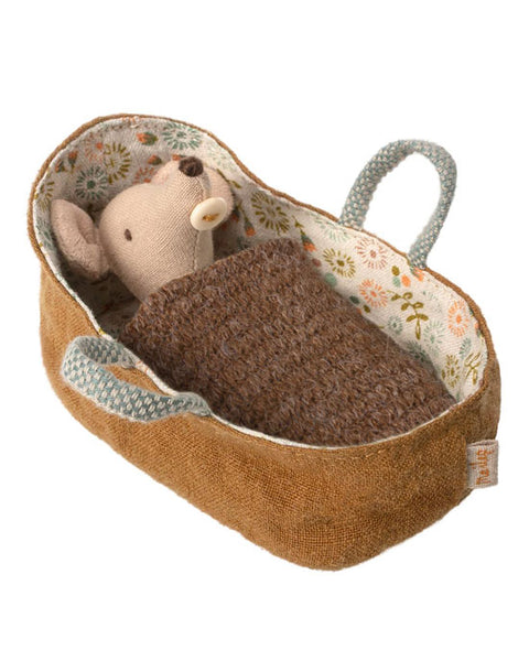 Baby Mouse in Carry cot - shopatstocks