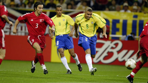 Ronaldo goes for goal against Turkey in the 2002 World Cup